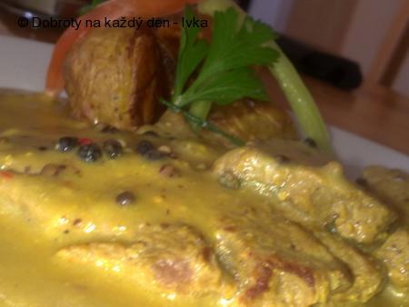Roštěnka  s pepřovou omáčkou a pečenými bramborami