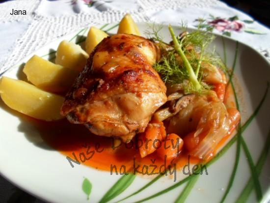 Kuřecí stehna s fenyklem a jinou zeleninou