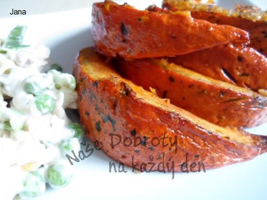 Pečená česneková dýně
