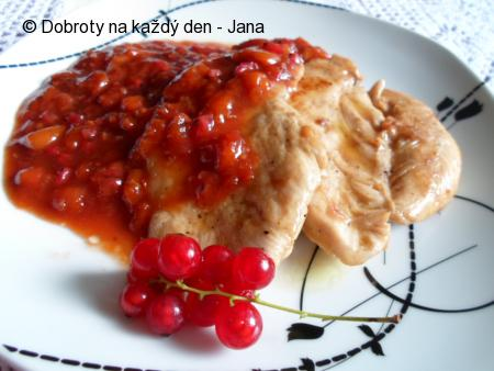 Kuřecí prso s meruňkovo-rybízovým přelivem