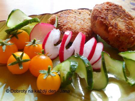 Karbenátky z brambor a kysaného zelí