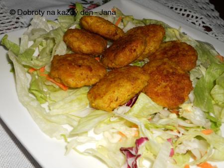 Placičky z celeru a kuřecího masa
