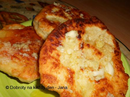 Kynuté bramborové langoše