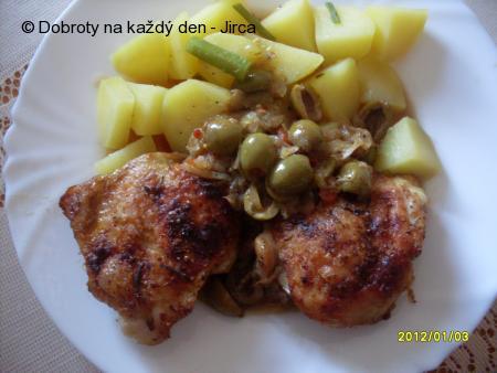 Kuřecí na cibuli  a olivách