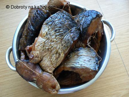 Uzení ryb a konzervování uzených ryb zavařováním