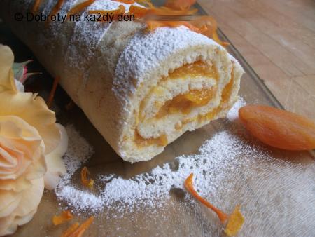 Meruňkovo-pomerančová roláda