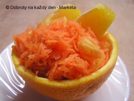 Mrkvový salát s pomerančem