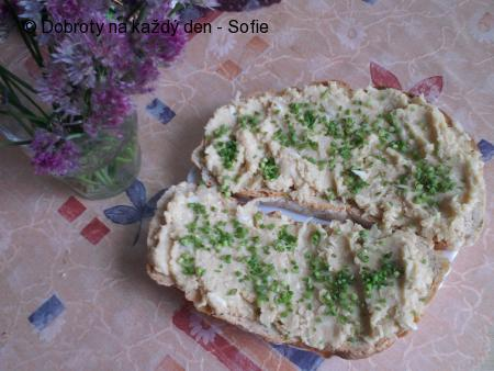 Fazolová pomazánka s celerem