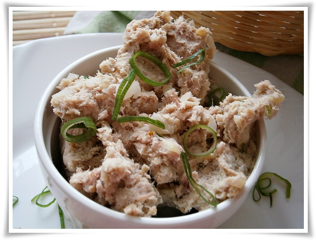 Pomazánka z vařeného a uzeného kuřecího masa