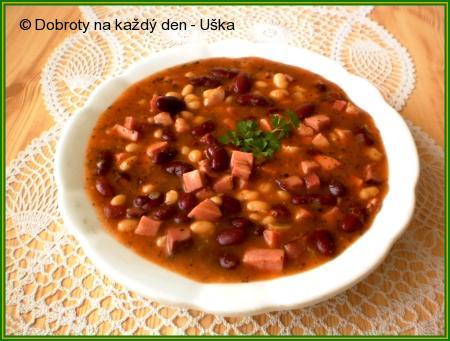 Fazolová polévka z polotovarů