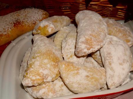 Povidlové taštičky a jablkový závin z 1 těsta