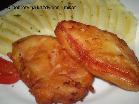 Smažený gothaj v těstíčku, bramborová kaše