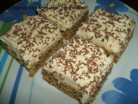 Pistáciovo - ořechové řezy