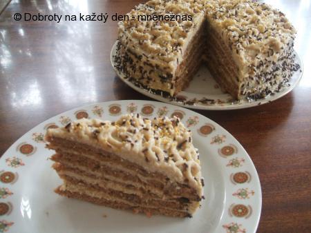 Oříškovo-kávový dort