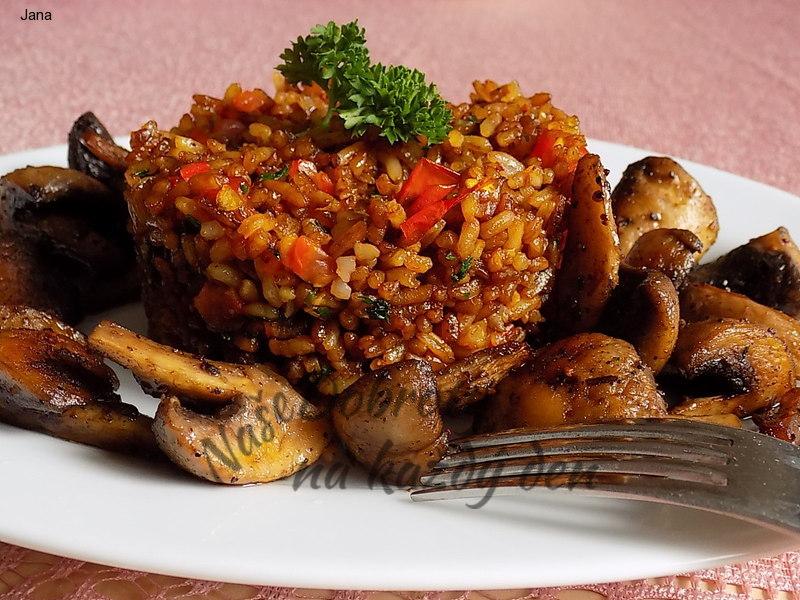 Smažená rýže se sušenými rajčaty