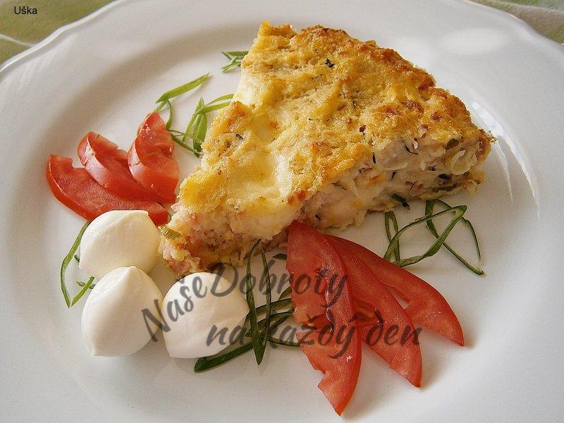 Cuketový slaný koláč s více druhy sýrů