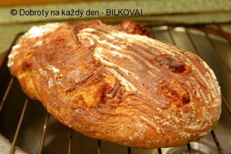 Škvarkovo-bramborový  chleba