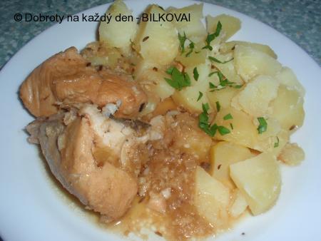 Dušené kuřátko na česneku