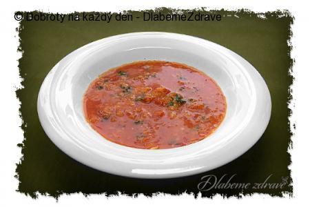 Červená čočková polévka