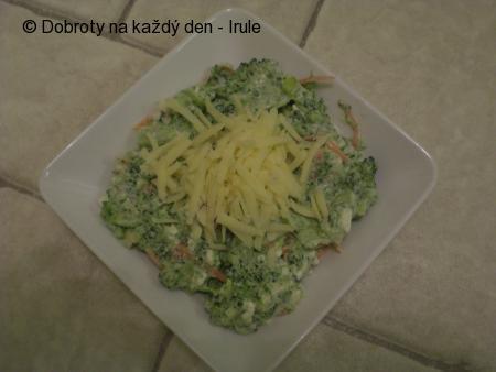 Brokolicový salát