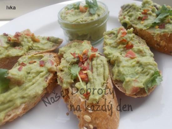 Guacamole- avokádový dip s feferonkou nebo s česnekem