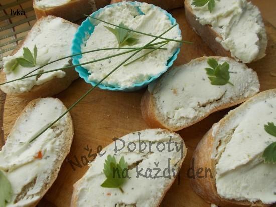Domácí pomazánka z kozího sýra