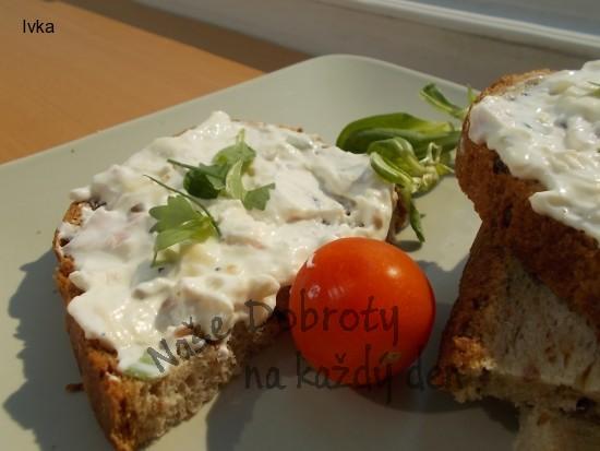 Camembertová pomazánka s tvarohem, celerem, šunkou