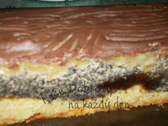 Hruškovo- jablečný koláč s povidly, mákem a jablky