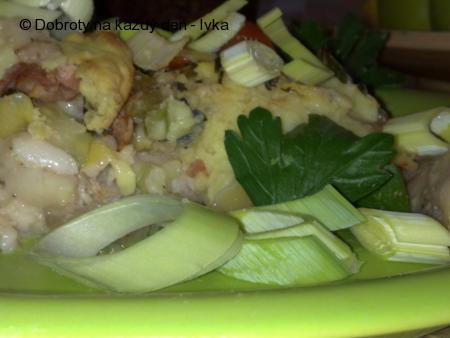 Rybí-chalupářský páj pod peřinou z  bramborové kaše