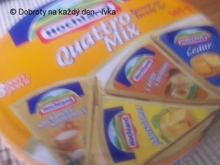 Pomazánka z domácí lučiny/ nebo vaničkové lučiny/ se šunkou, mrkví, řapíkatým celerem a sýrem