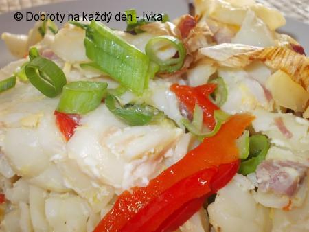 Cuketovo-paprikové těstoviny s hříbkovým přelivem