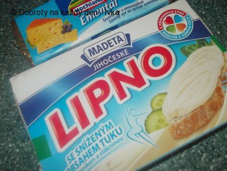 Krůtí řízky v pikantní-  sýrovo- jogurtové  marinádě