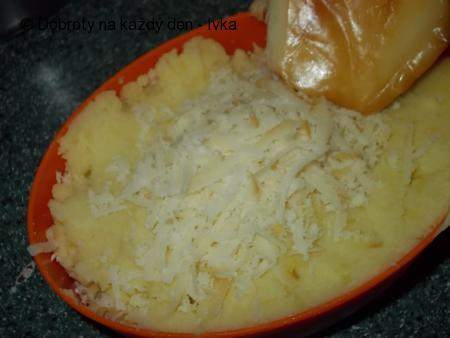Tlapky z bramborové kaše a parenice