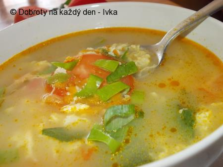 Drožďová polévka s kořenovou zeleninou