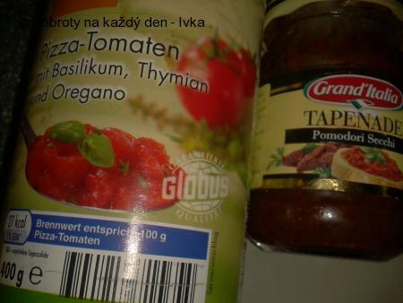 """Pečený losos s tomatovou omáčkou a bramborovými placičkami """"rosti"""""""