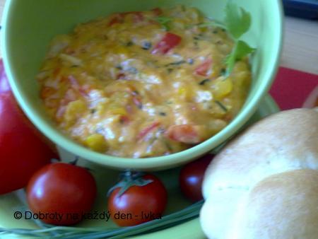 Sýrová ohnivá pomazánka s rajčátkama a chilli papričkama