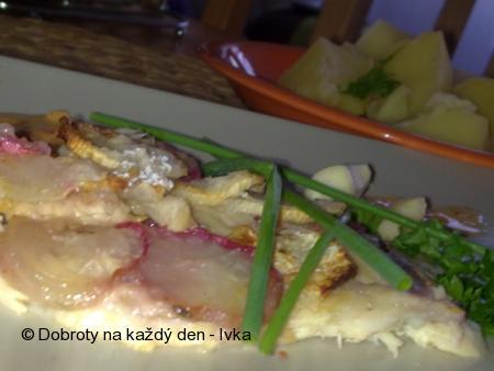 Mořská ryba v ředkvičkovém županu