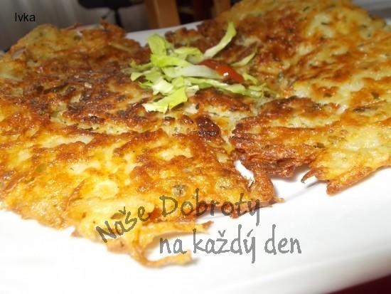 Křupkavý bramborák  s uzenou krkovicí a saturejkou