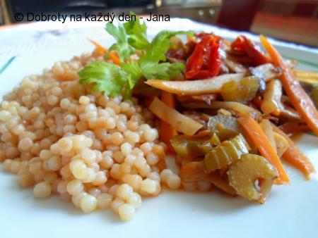 Restovaná zelenina s pečenou tarhoňou