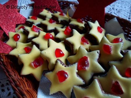Kakaové hvězdičky se žloutkovou polevou
