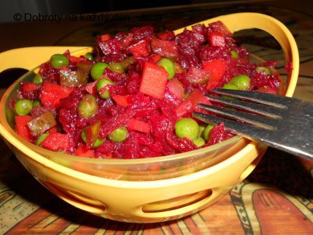 Salát z červené řepy-dietní večeře