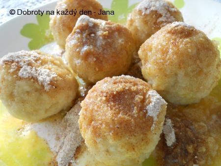 Jablečné knedlíky od tetičky Labajky