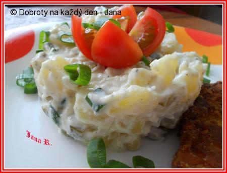 Česnekový bramborový salát