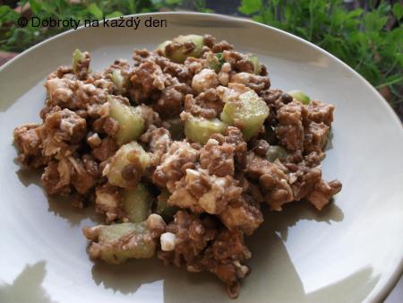 Čočkový salát s tofu