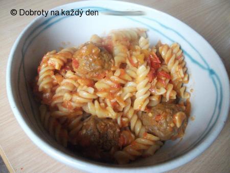 Omáčka z pečených paprik a sušených rajčat