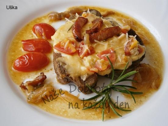 Hovězí vařené,pod čepičkou dušené