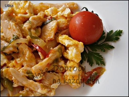 Kuřecí nudličky na zelenině,s míchanými vejci