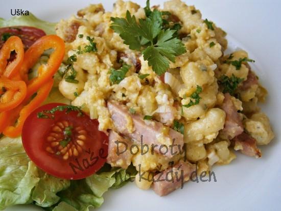 Špecle s uzeninou,mozzarellou a vejci