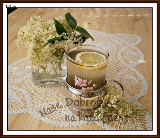 Bezový sirup z květů černého bezu-kosmatice
