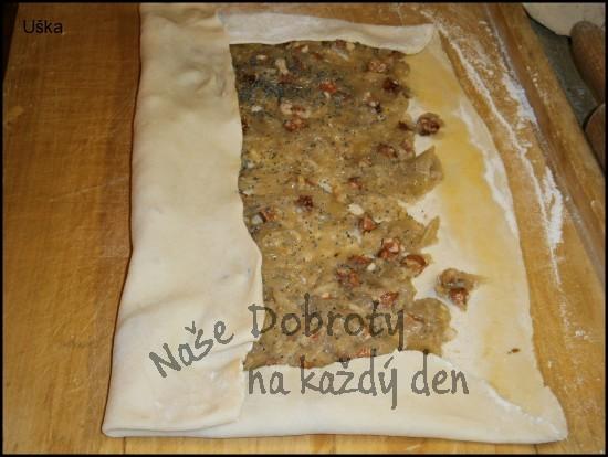 Domácí listový závin se slanou náplní
